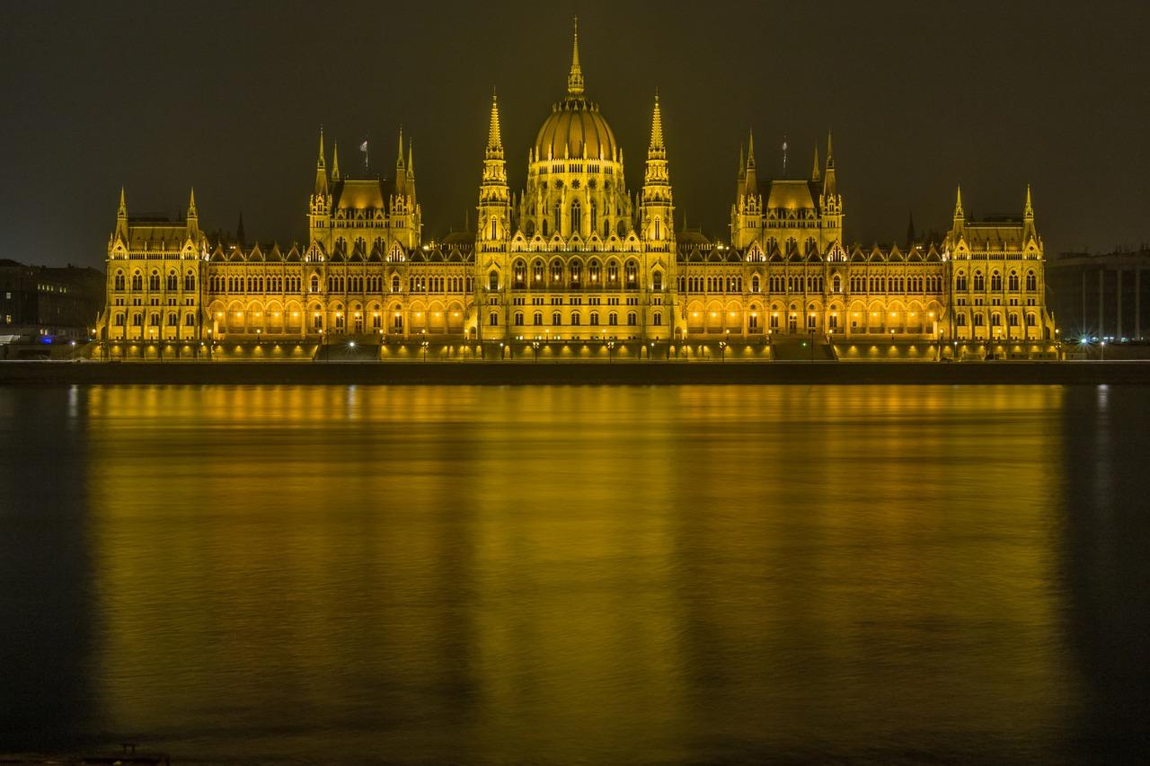budapest-237768_1280